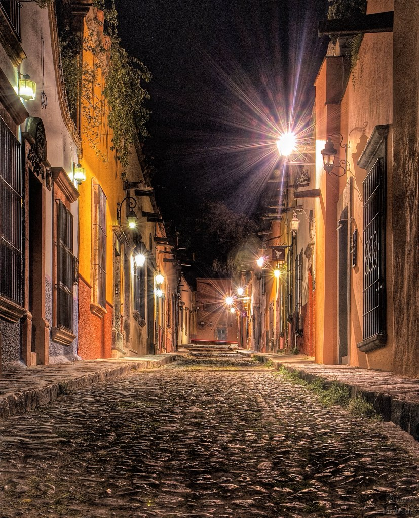 San Miguel de Allende, Mexico at Night | Night Photography | Image By Indiana Architectural Photographer Jason Humbracht