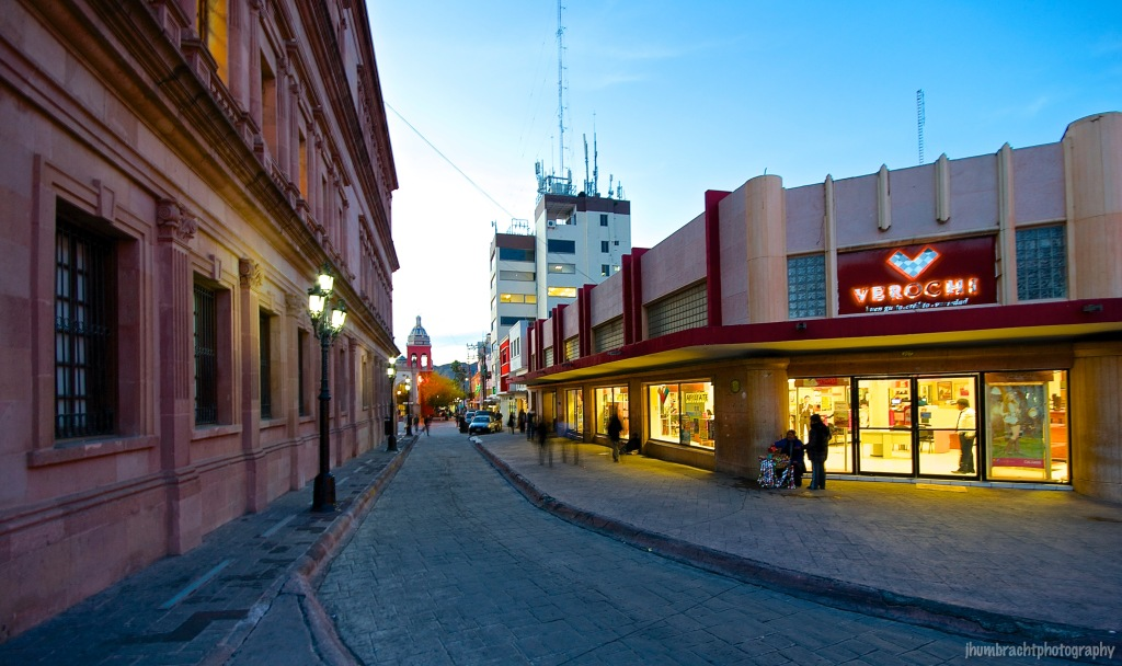 Saltillo Old Town Square | Saltillo, Mexico | Image By Indianapolis-based Architectural Photographer Jason Humbracht