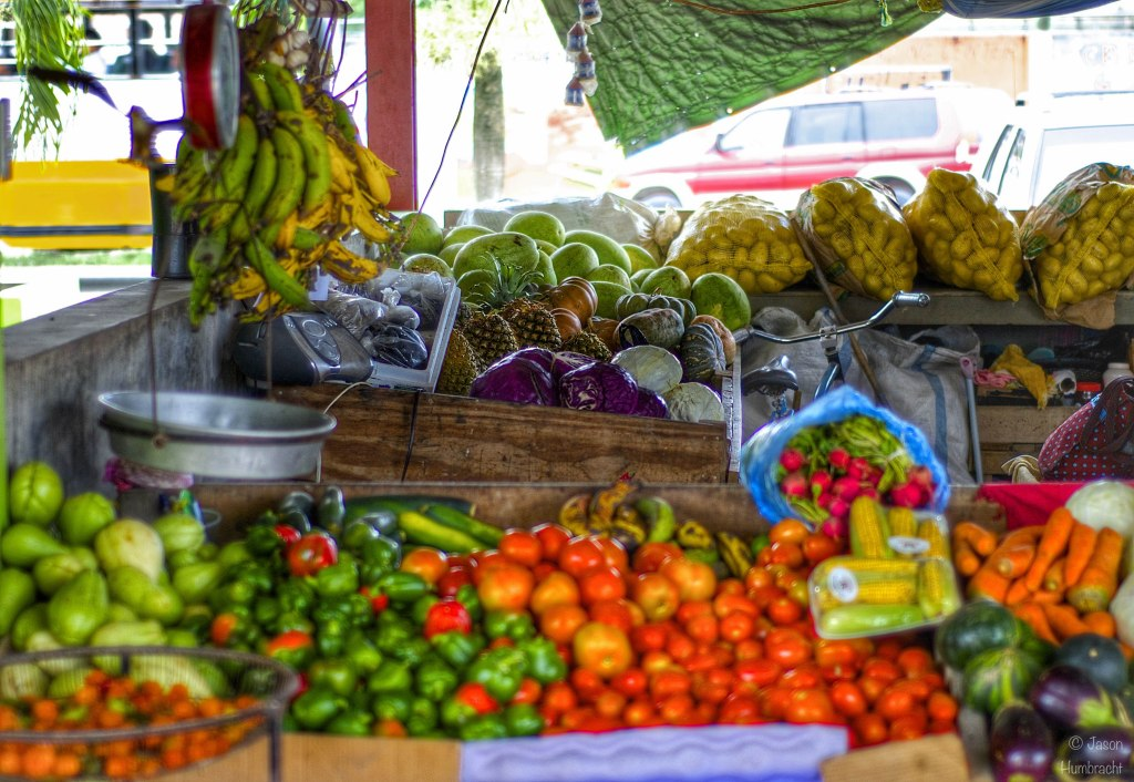 Farmer's Market | San Ignacio Belize | Image taken by Indianapolis-based Architectural Photographer Jason Humbracht in 2015