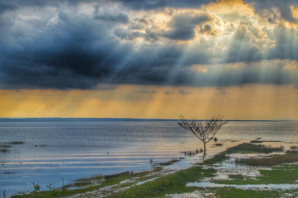 Sunset Over Lake Peten Itza | El Reamte Guatemala | Landscape Photography | Image By Indiana Architectural Photographer Jason Humbracht