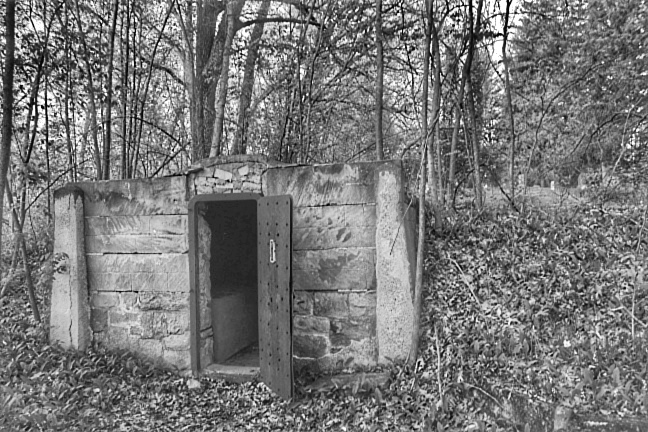 Crypt of Minnehaha Highland Park Cemetery in Ionia Michigan photo taken by Ionia native Jason Humbracht in 2014