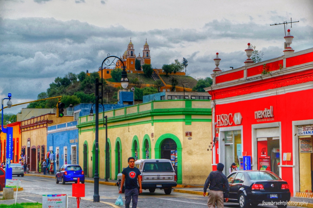 Street Photography | Cholula Mexico | Image By Indianapolis-based Architectural Photographer Jason Humbracht in 2015