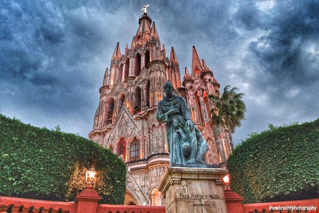 Parroquia de San Miguel Archangel in San Miguel de Allende Mexico photo taken by Indiana Architectural Photographer Jason Humbracht in 2015
