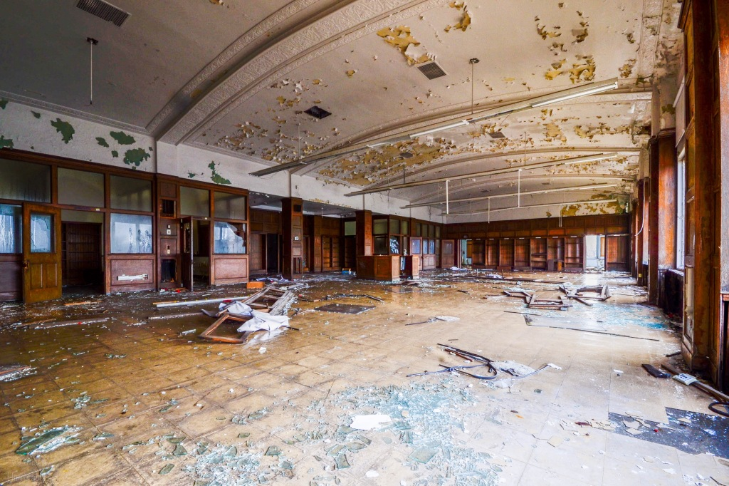 Abandoned Hutchins Middle School | Detroit Michigan | Urbex Photography | Indiana Architectural Photographer Jason Humbracht