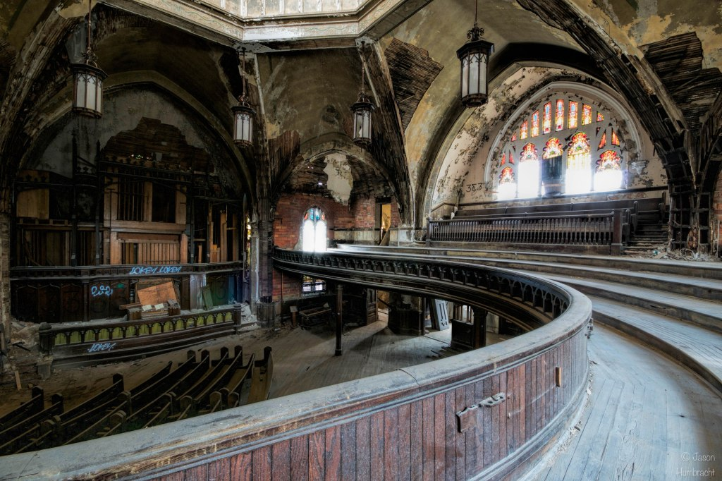 Abandoned Woodward Avenue Presbyterian Church | Curvy Church | Detroit Urbex | Detroit, Michigan | Urbex Photography | Image By Indiana Architectural Photographer Jason Humbracht