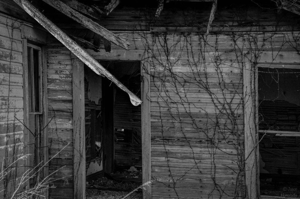 Abandoned Farmhouse | Photography | Image by Indiana Architectural Photographer Jason Humbracht in 2016